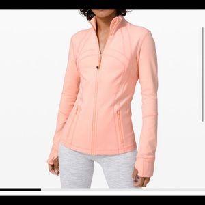 Lululemon size 4 NWT ballet slipper define jacket